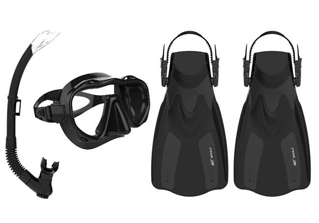 Anti - Leak Diving Snorkel Set , Snorkel Mask Set With Easy Adjustable Strap